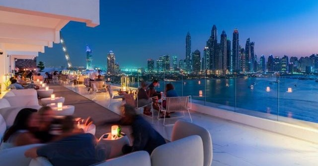 7 Rooftop Bars In Dubai We Re Loving Right Now Insydo
